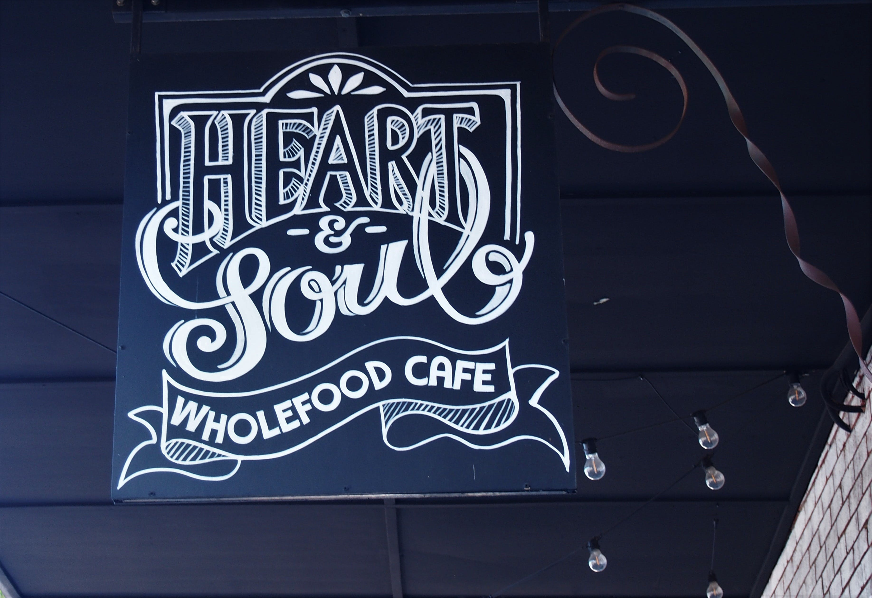 Heart and Soul Wholefood Cafe - Surfers Gold Coast