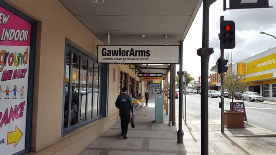 Gawler Arms Hotel - Surfers Gold Coast