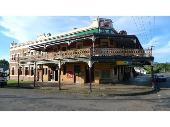Bank Hotel Dungog - Surfers Gold Coast