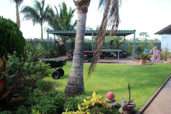 Devils Marbles Hotel - Surfers Paradise Gold Coast
