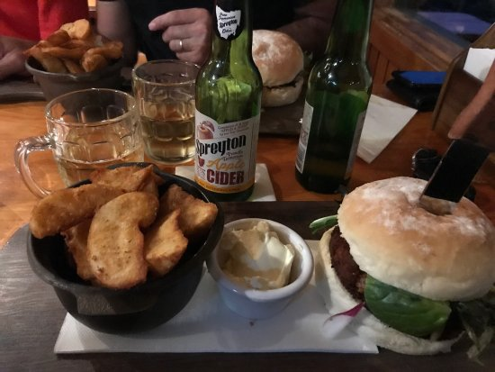 Peppers Cradle Mountain Lodge Tavern Bar  Bistro - Surfers Paradise Gold Coast