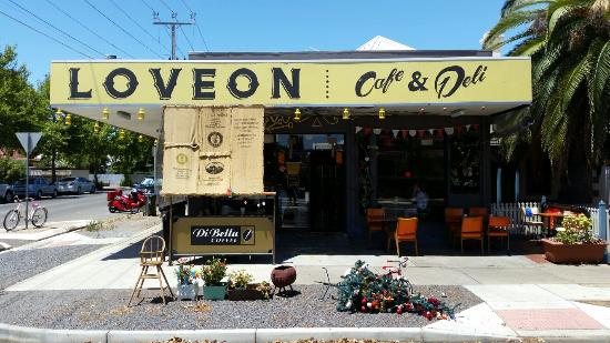 Loveon Cafe - Surfers Gold Coast