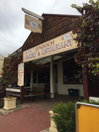 Lyndoch Bakery and Restaurant - Surfers Gold Coast