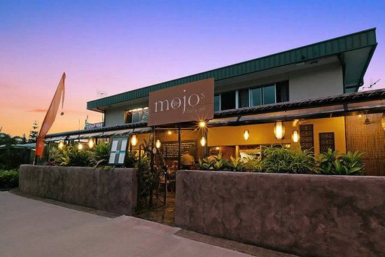 Mojo's Bar  Grill - Surfers Gold Coast