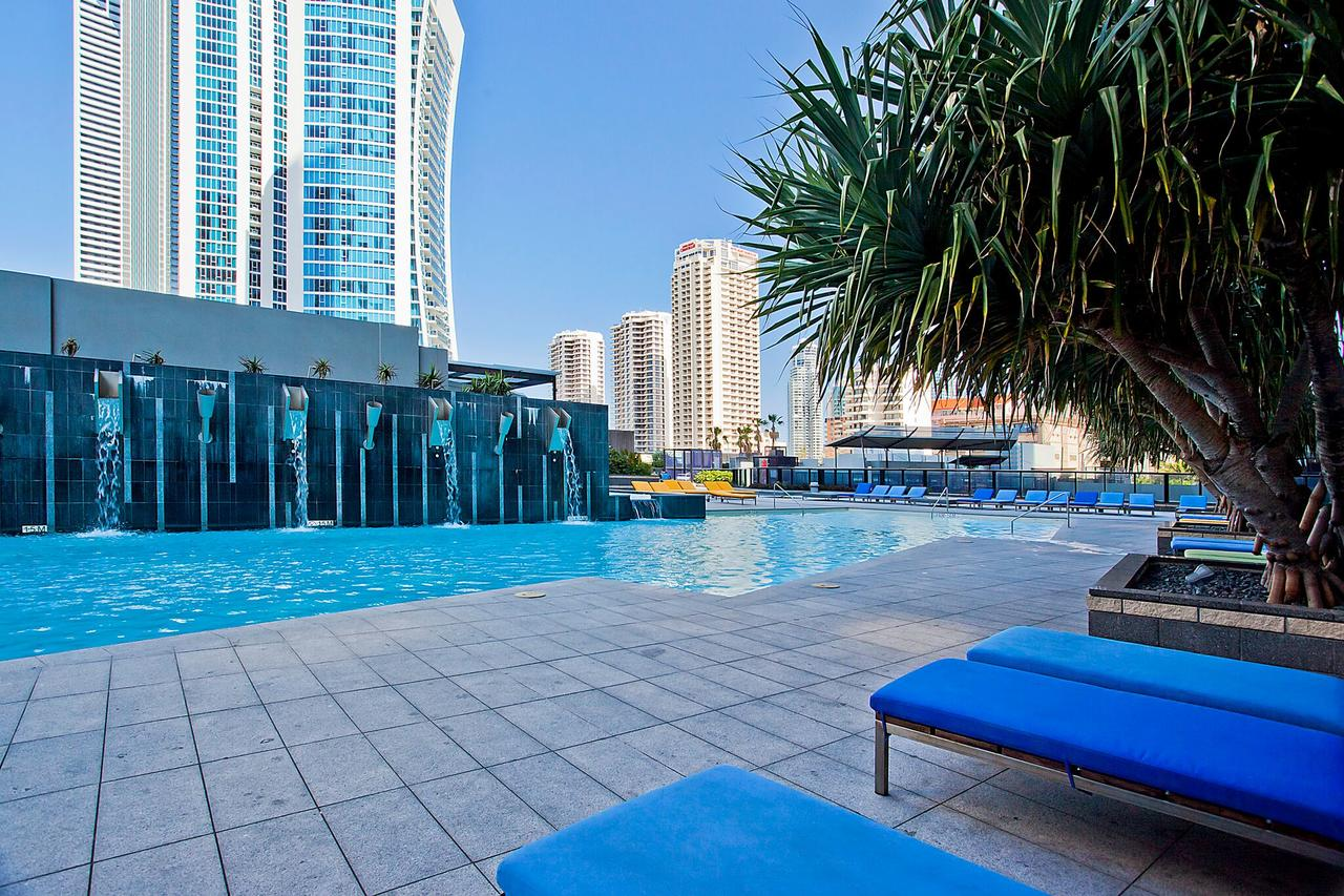 Circle on Cavill Apartments and Sub Penthouses - We Accommodate Surfers Paradise