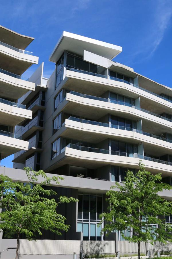 Accommodate Canberra - Realm Residences - Surfers Gold Coast