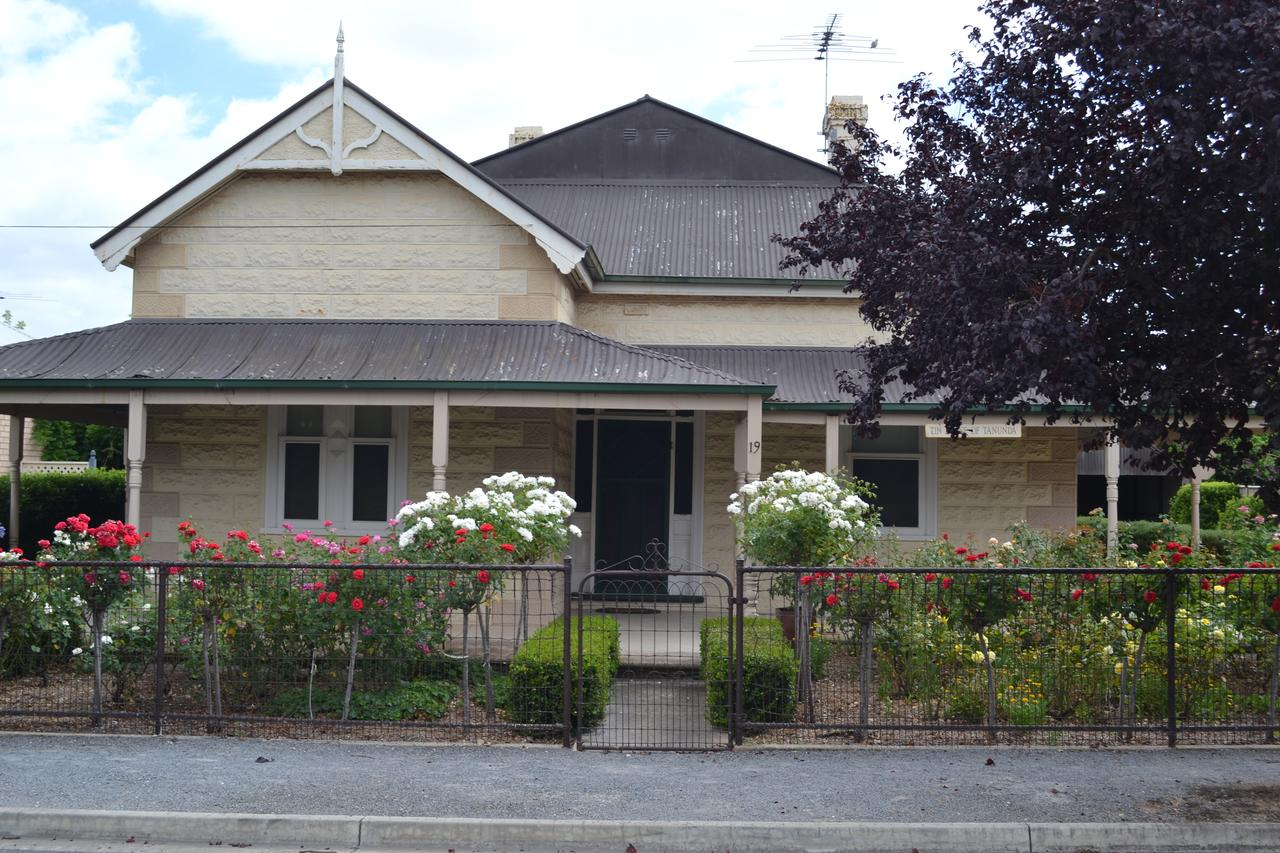Tin House in Tanunda - Surfers Gold Coast