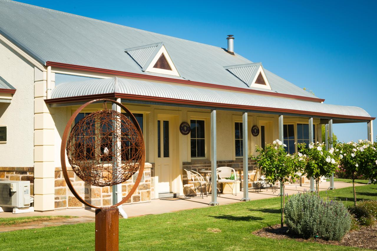 Barossa Vineyard Cottages - Surfers Gold Coast