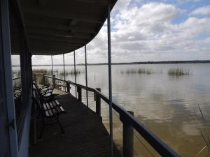 PS Federal Retreat Paddle Steamer Goolwa - Surfers Gold Coast