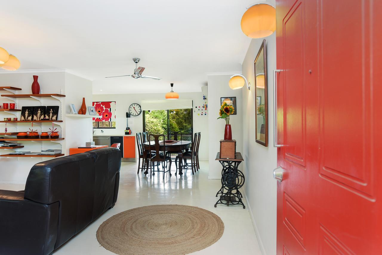 Red Door - Surfers Paradise Gold Coast
