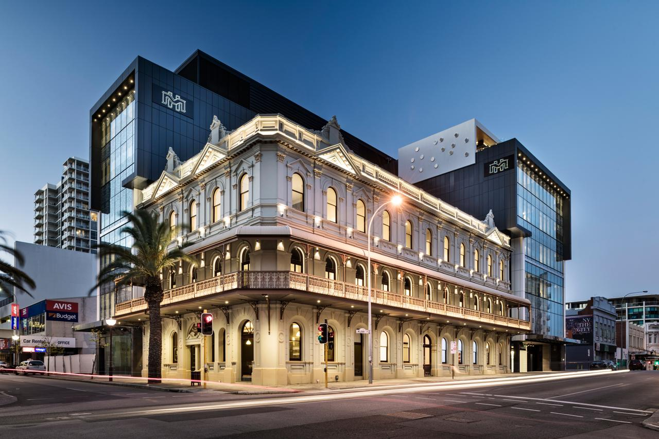 The Melbourne Hotel - Surfers Paradise Gold Coast