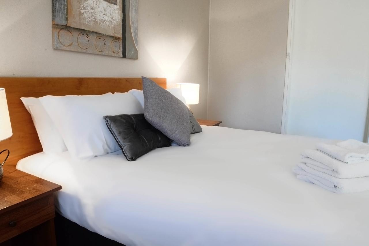 Almond Inn - Surfers Paradise Gold Coast