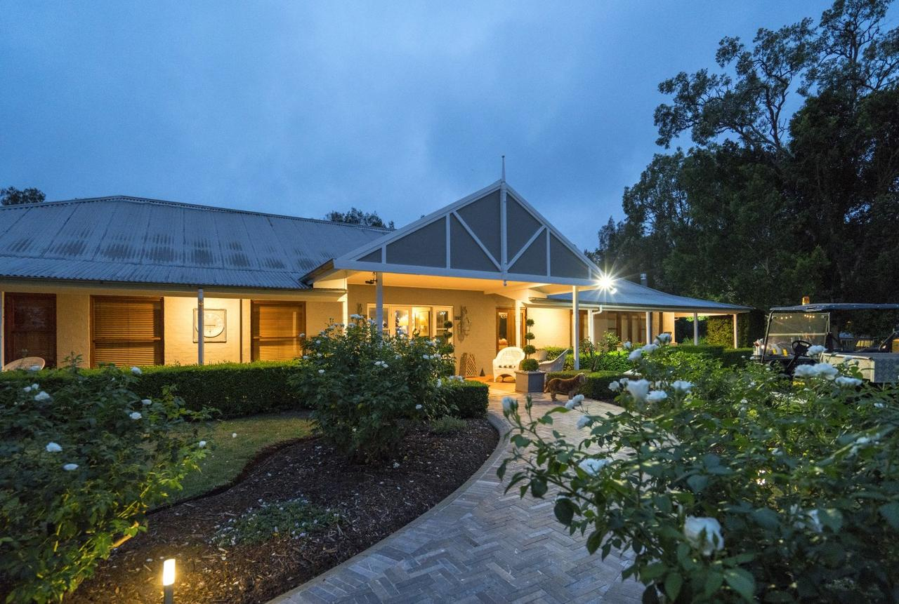 Thistle Hill Guesthouse - Surfers Gold Coast