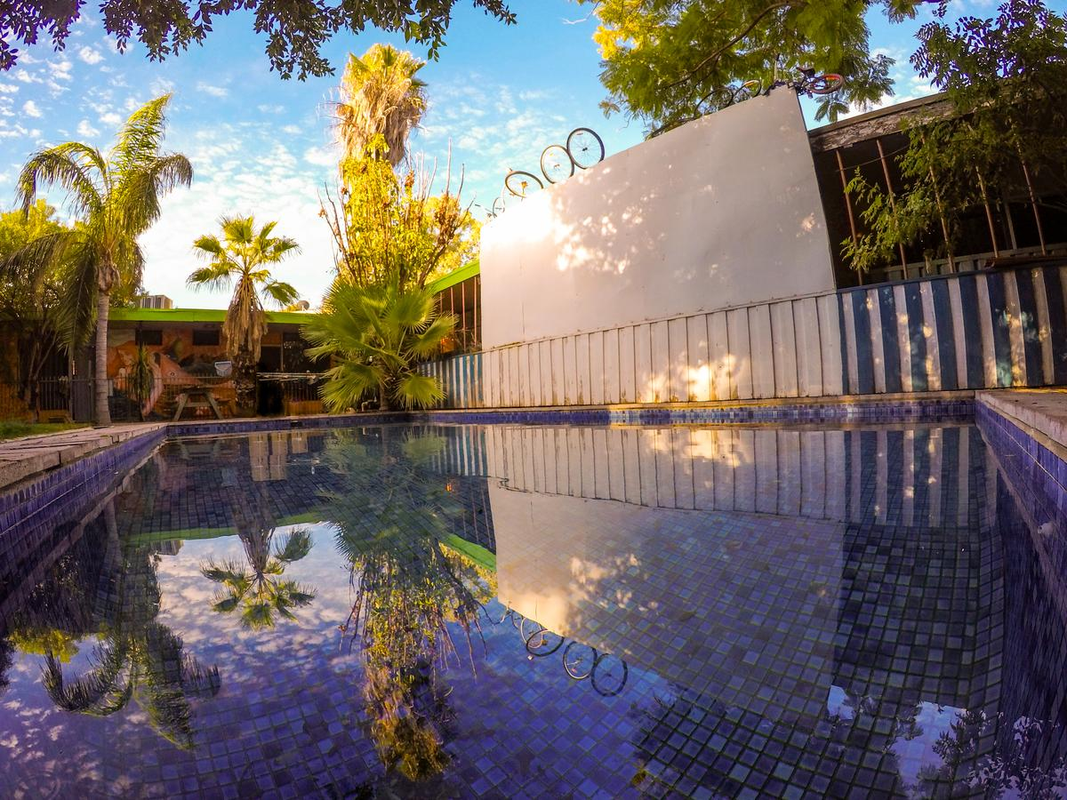 Jump Inn Alice Budget Accommodation - Surfers Gold Coast