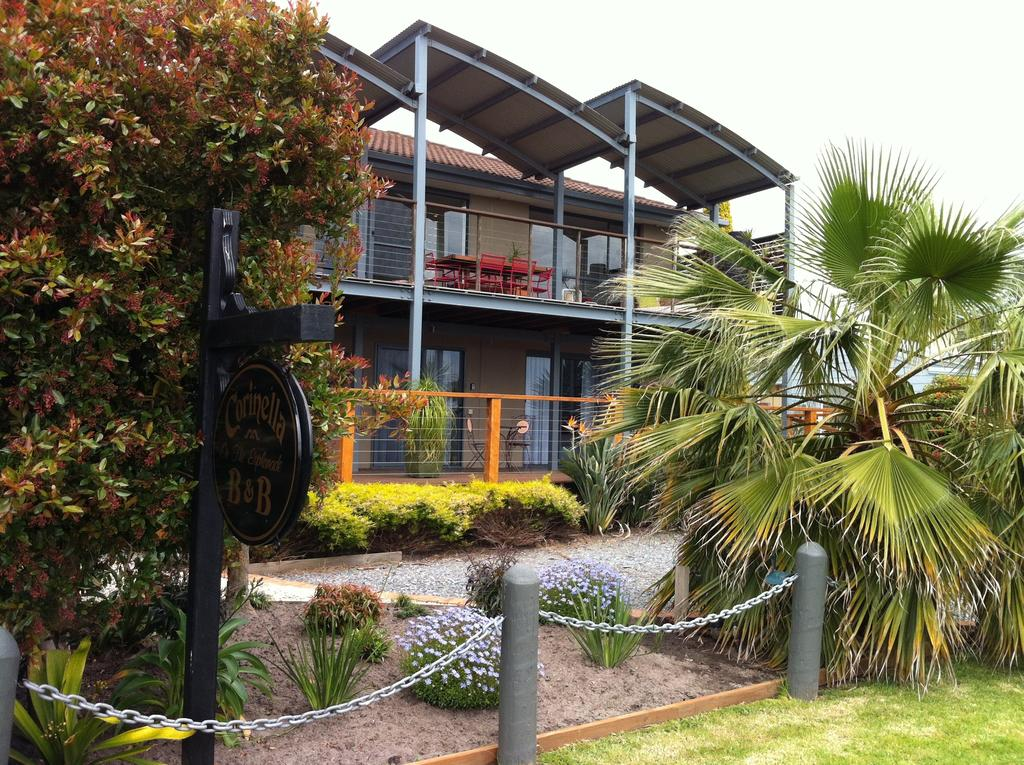 Corinella On The Esplanade Bed  Breakfast - Surfers Gold Coast