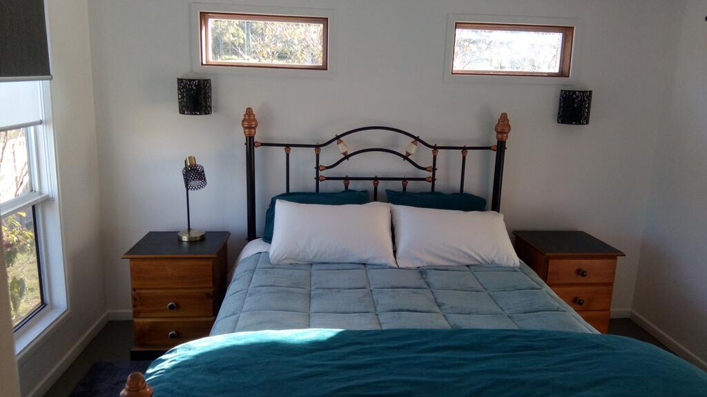 Corner Cottage Self Contained Suite - Geneva in Kyogle - Surfers Gold Coast