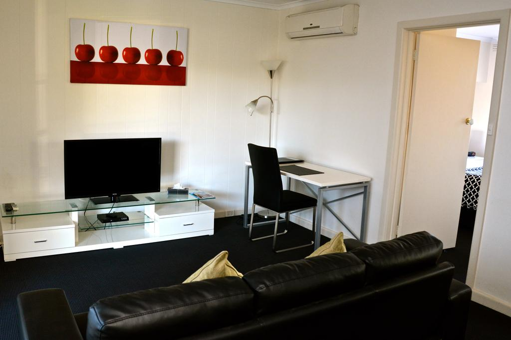 Essendon Apartments - Surfers Gold Coast