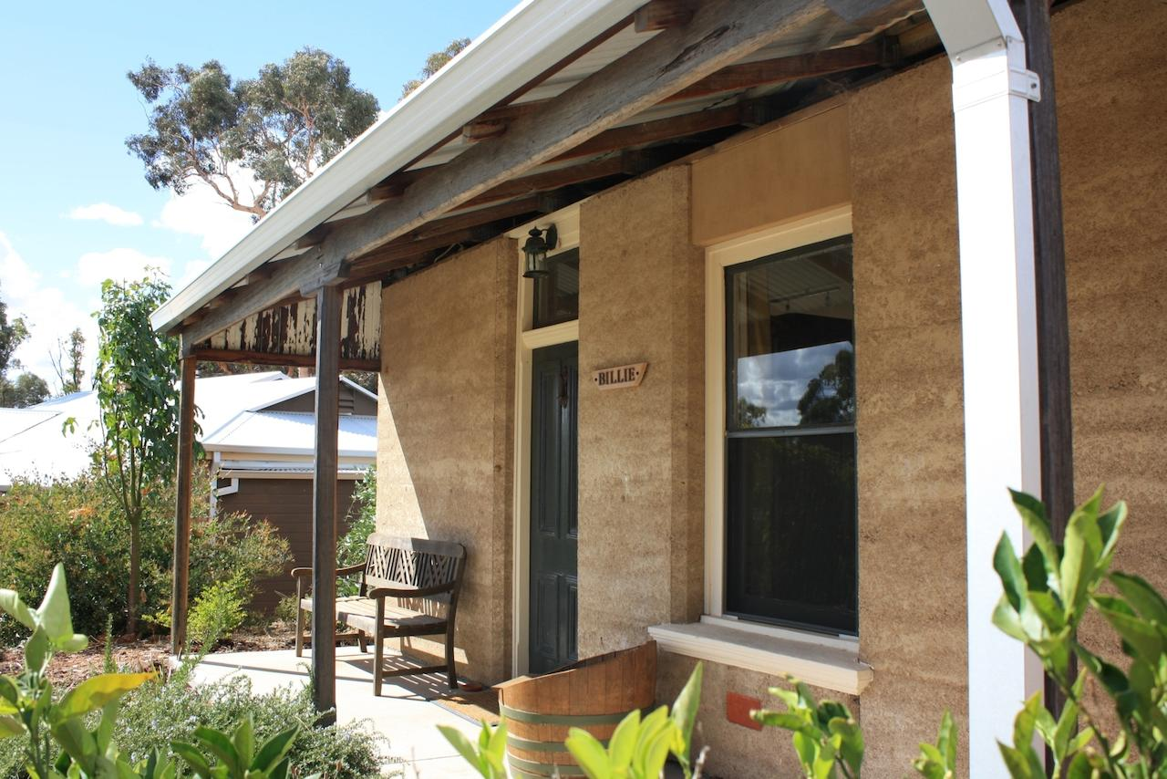 Hotham Ridge Winery and Cottages - Surfers Gold Coast