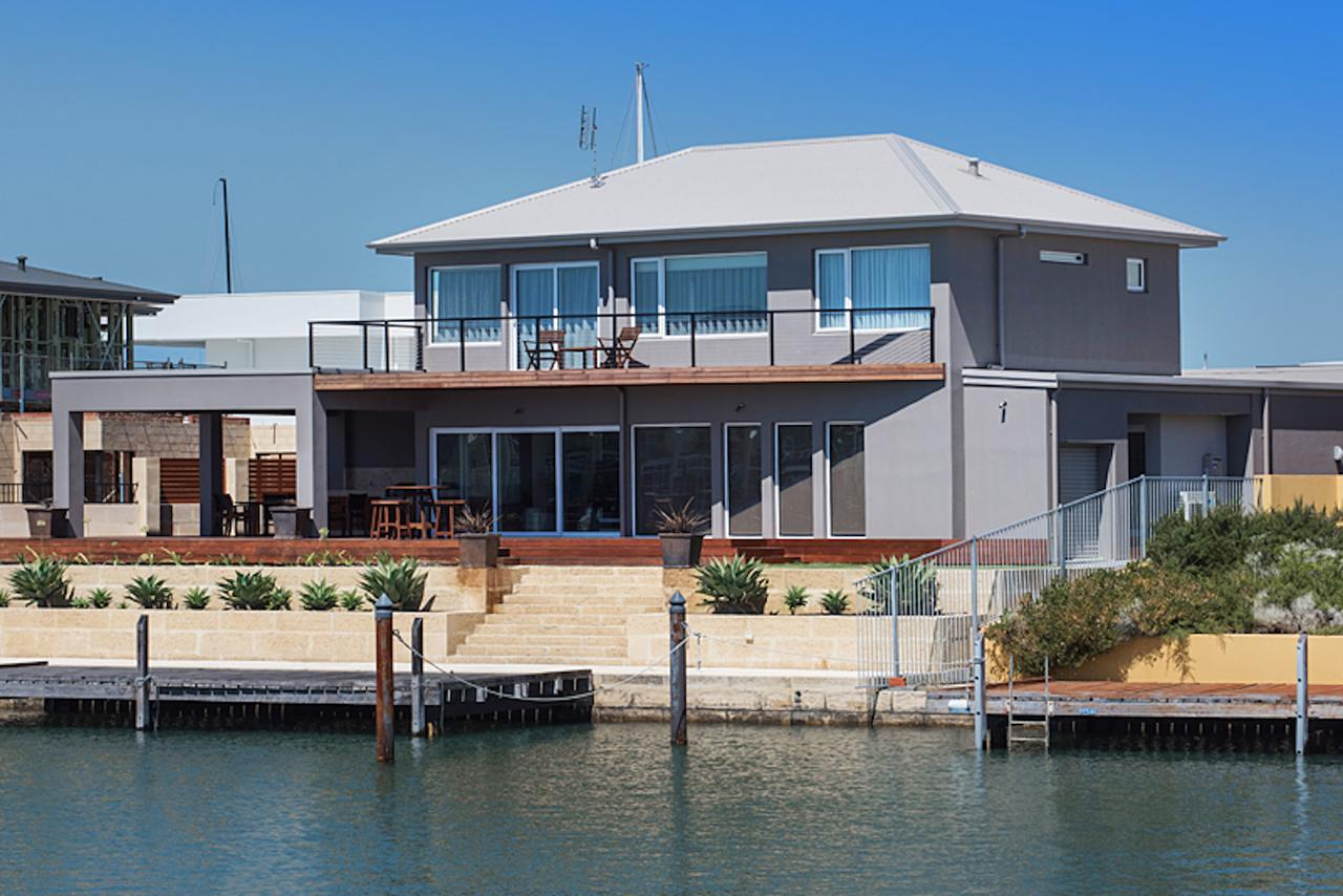 Oceans Edge - Busselton - Surfers Gold Coast