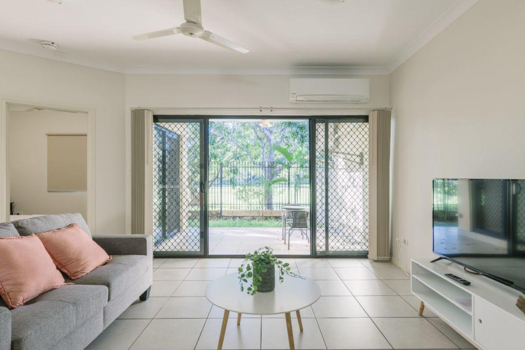 Secure 2 bed unit in Gray - close Palmerston City - Surfers Gold Coast