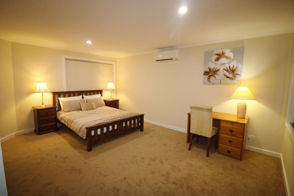 Silver House - Melbourne Airport Accommodation - Surfers Gold Coast