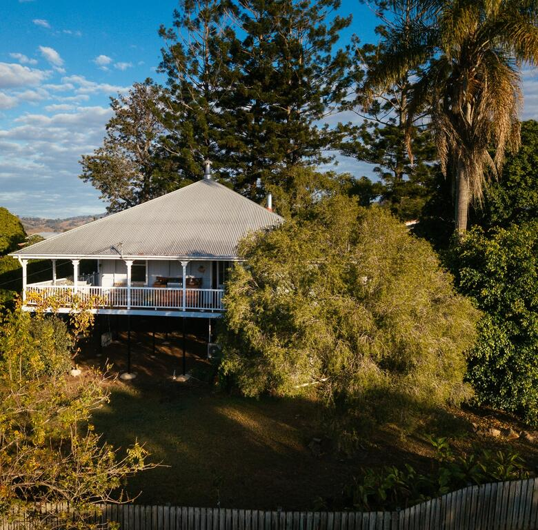 Stunning Queenslander - Surfers Gold Coast