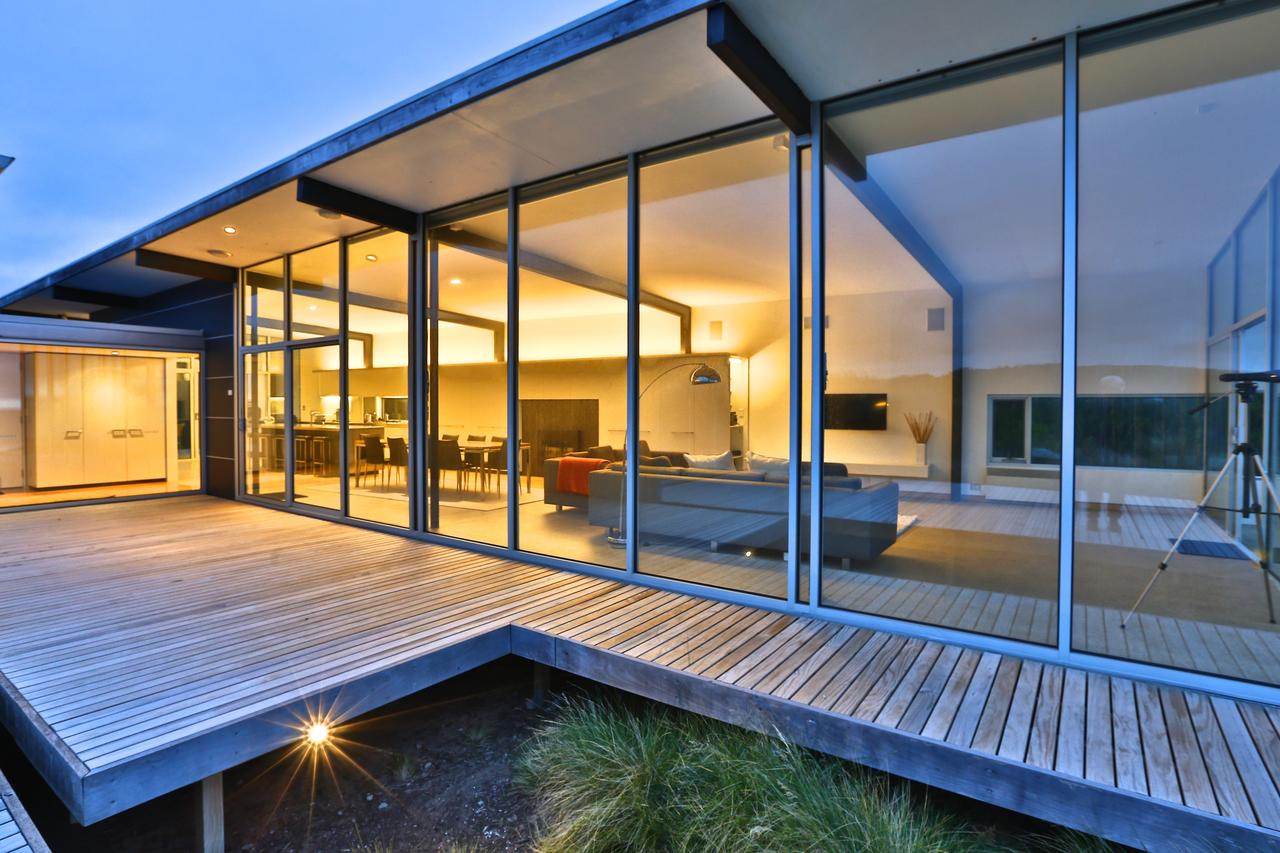 Cloudy Bay Beach House - Surfers Paradise Gold Coast