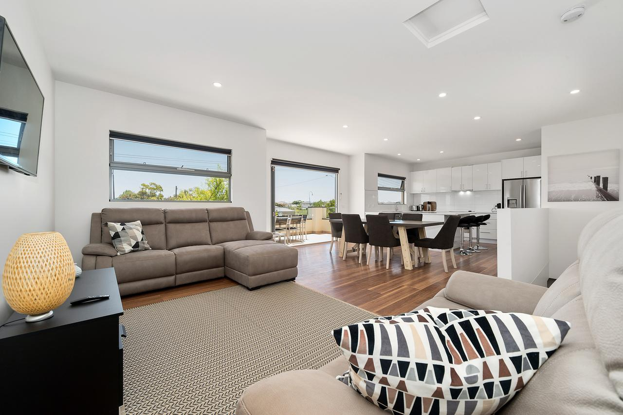 Rosewater Townhouses Dromana - Surfers Gold Coast
