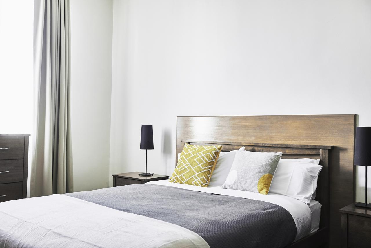 Plough Hotel - Surfers Paradise Gold Coast