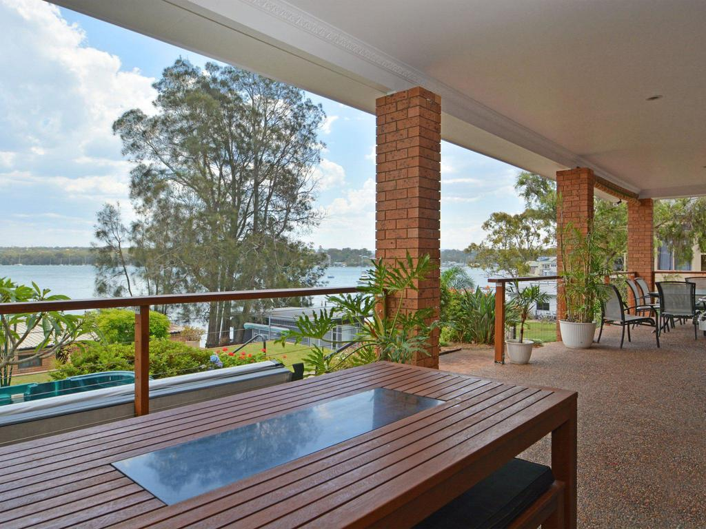 The House on the Lake  Fishing Point Lake Macquarie - honestly put the line in and catch fish - Surfers Gold Coast