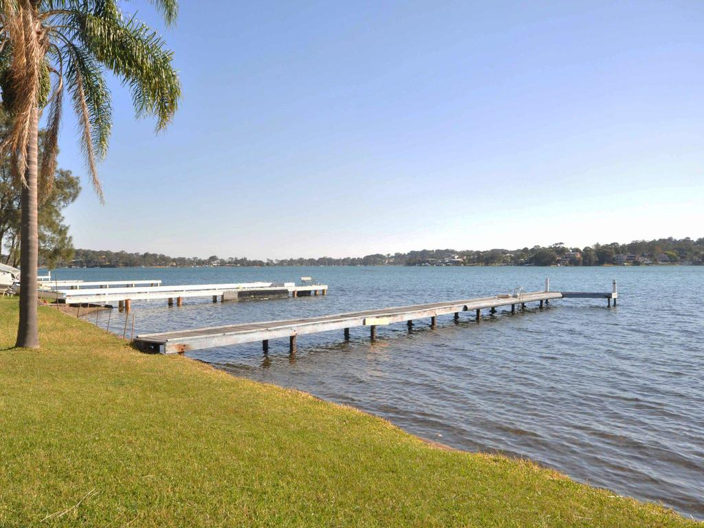 The Studio on the Lake  Fishing Point Lake Macquarie - honestly put the line in and catch fish - Surfers Gold Coast