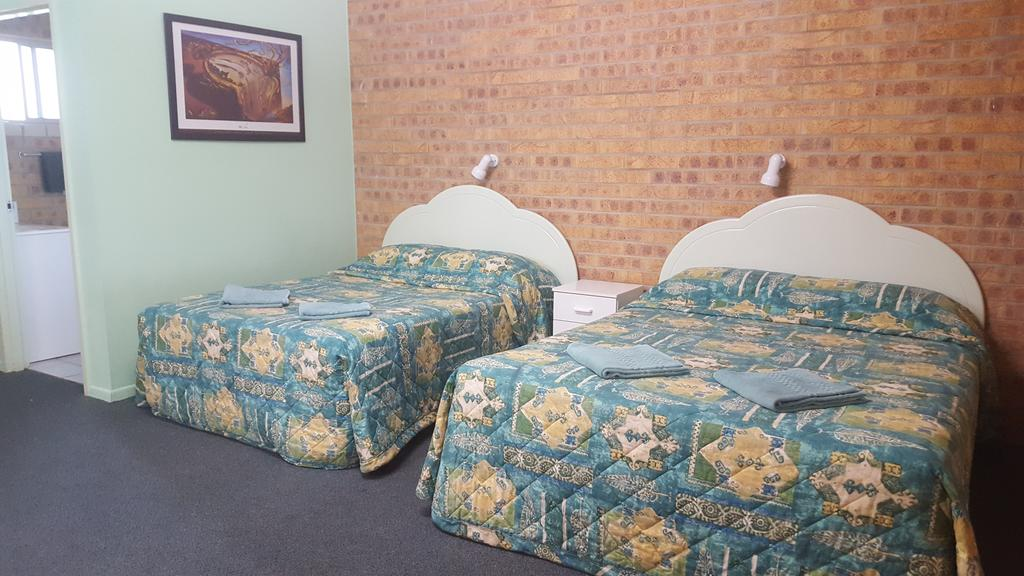Tiaro Motor Inn - Surfers Gold Coast