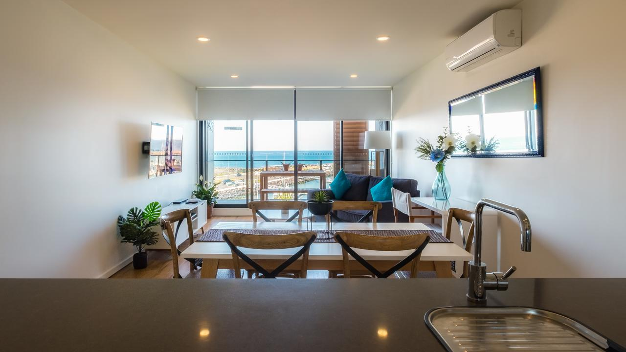 Waterfront Apt 234 Marinaquays - Surfers Paradise Gold Coast