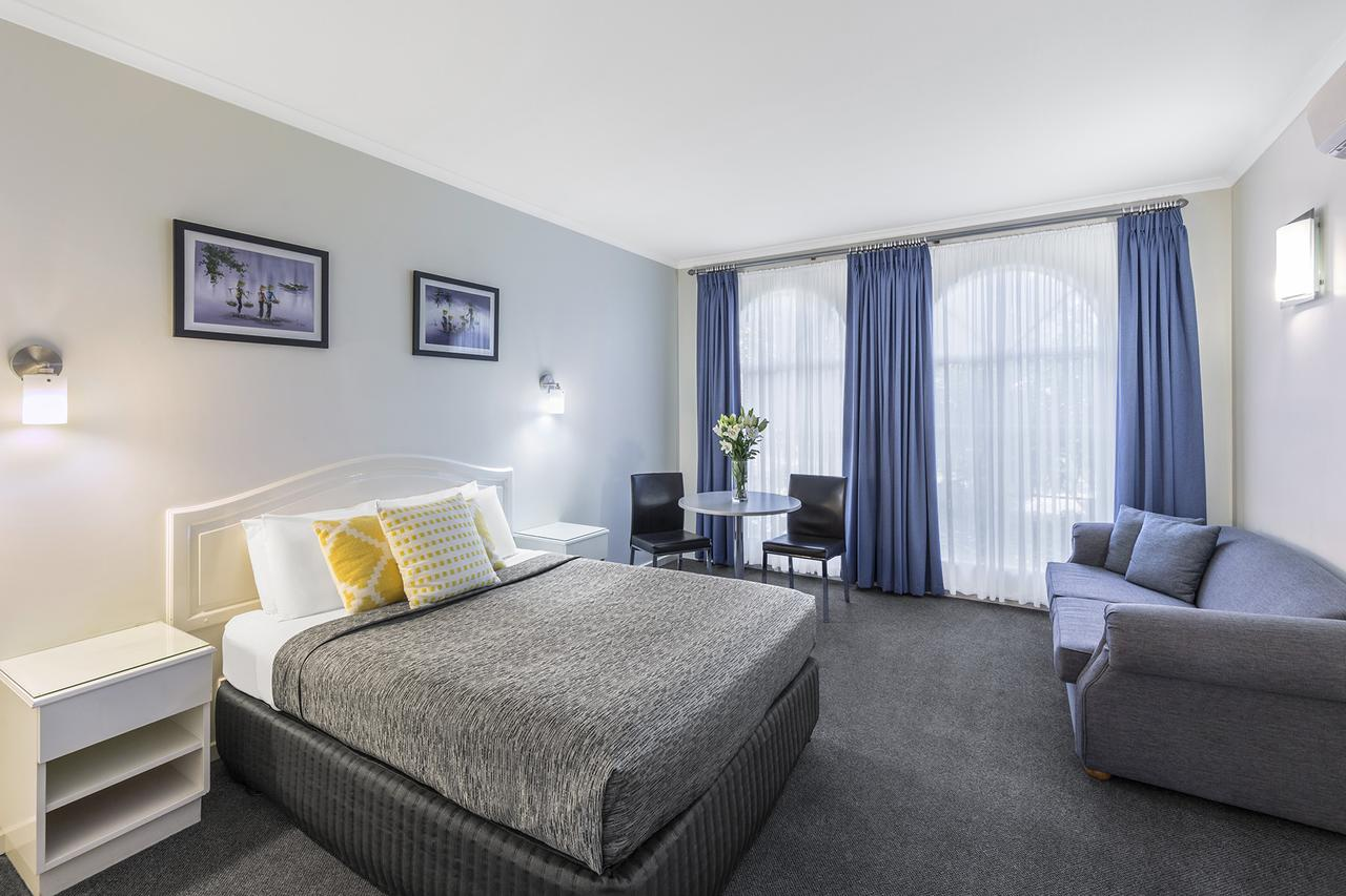 Best Western Cathedral Motor Inn - Surfers Gold Coast
