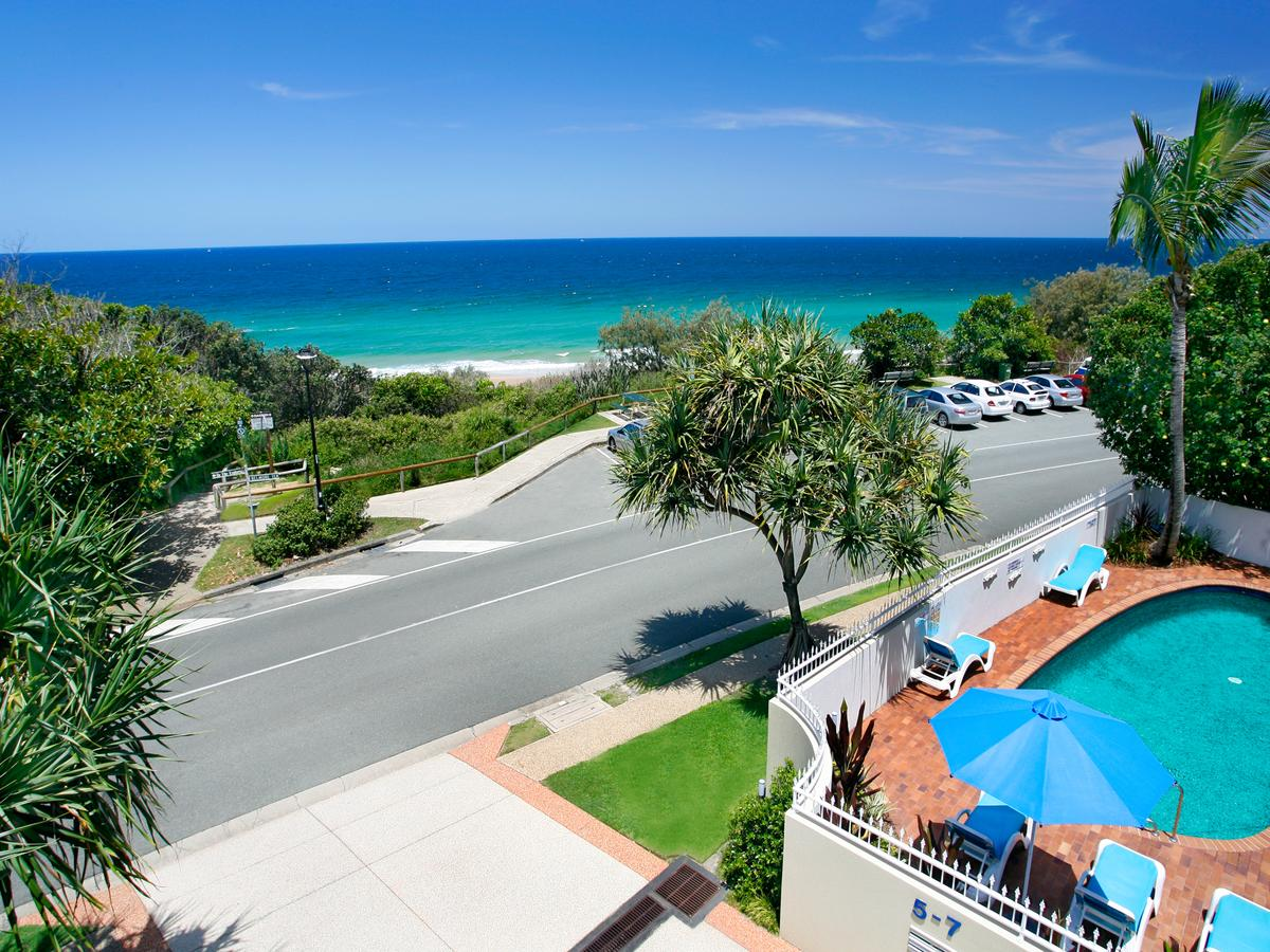 La Mer Sunshine Beachfront - Surfers Paradise Gold Coast