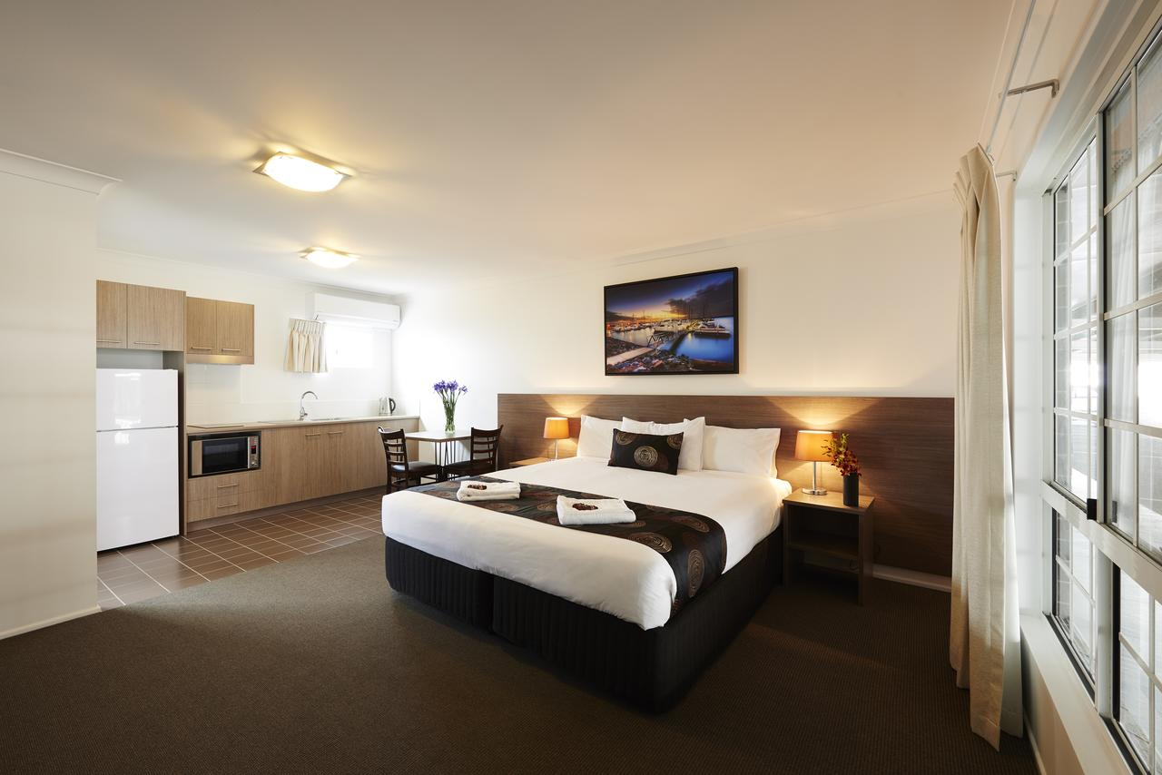 Takalvan Motel - Surfers Gold Coast