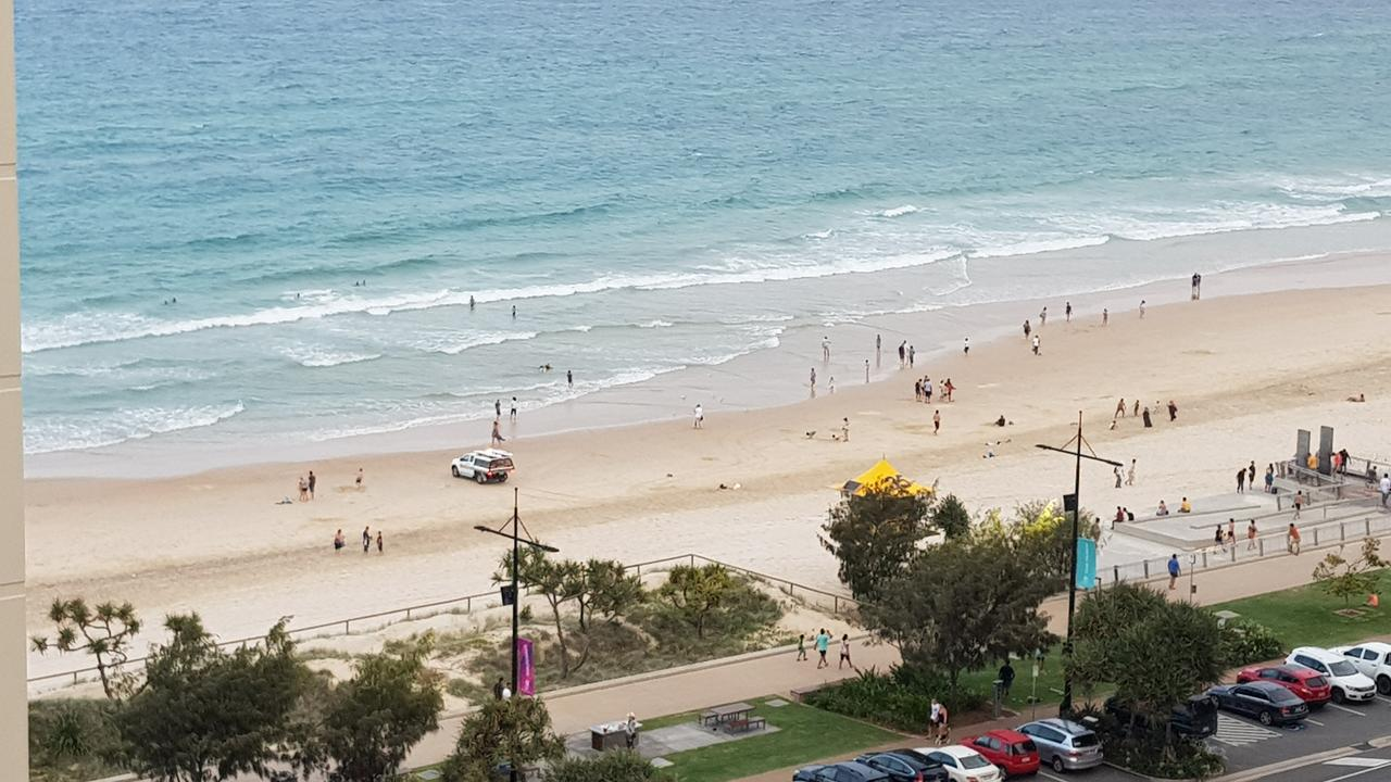 Moroccan View Tower Surfers Beach - Surfers Gold Coast
