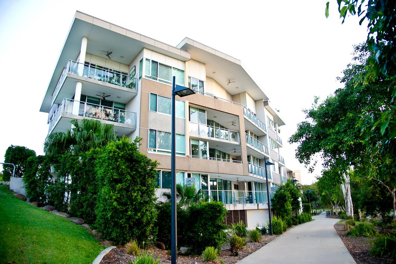 Itara Apartments - Surfers Gold Coast
