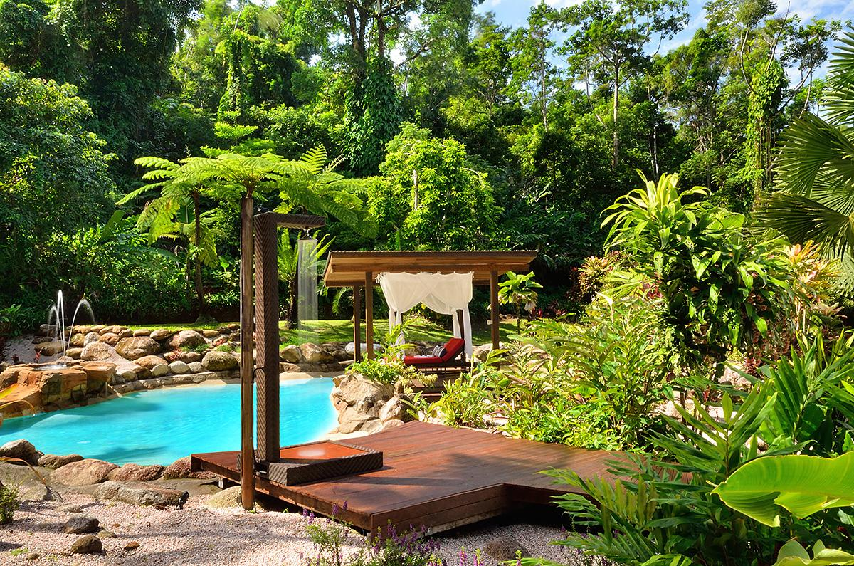 Misty Mountains Rainforest Retreat - Surfers Gold Coast