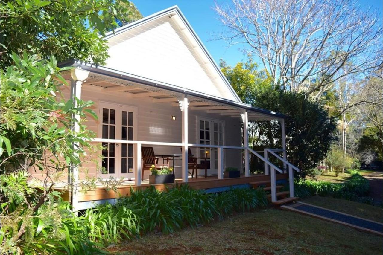 Curtis Falls Cottage - Surfers Paradise Gold Coast