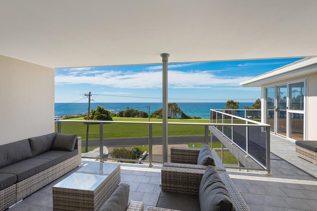 31 McMillan Crescent - Surfers Gold Coast