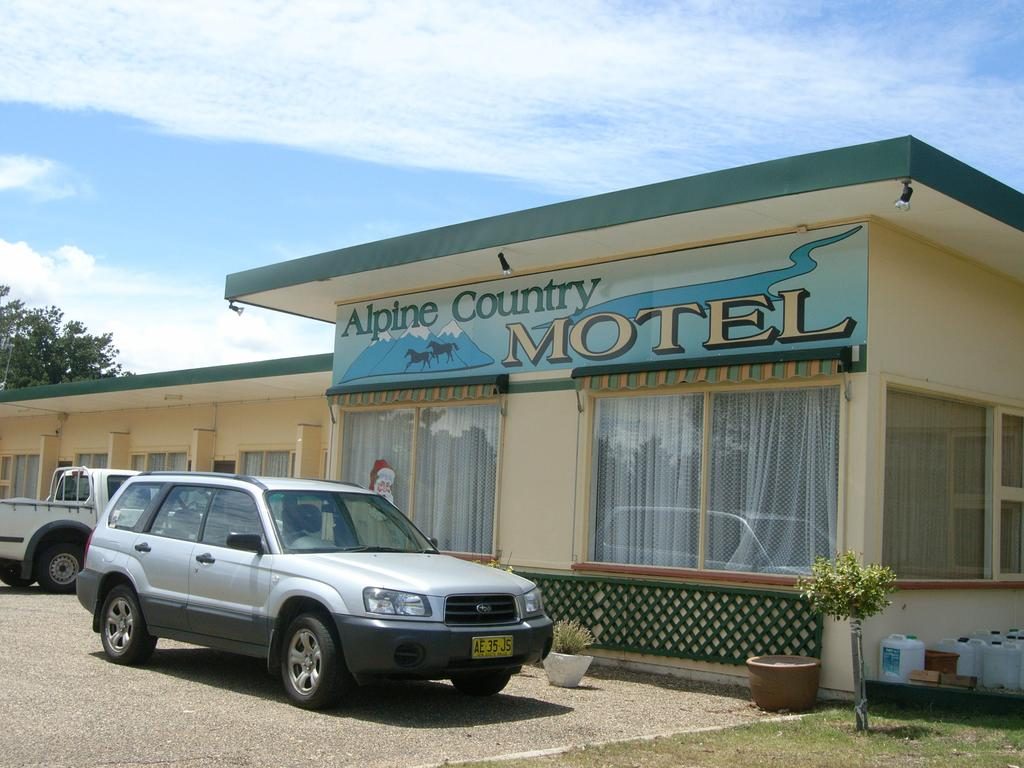 Alpine Country Motel - Surfers Gold Coast