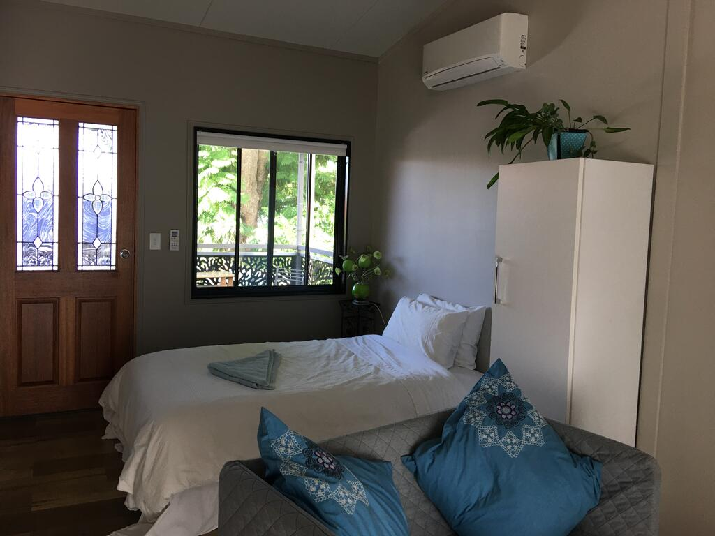 Annerley-granny flatprivate new convenience - Surfers Gold Coast