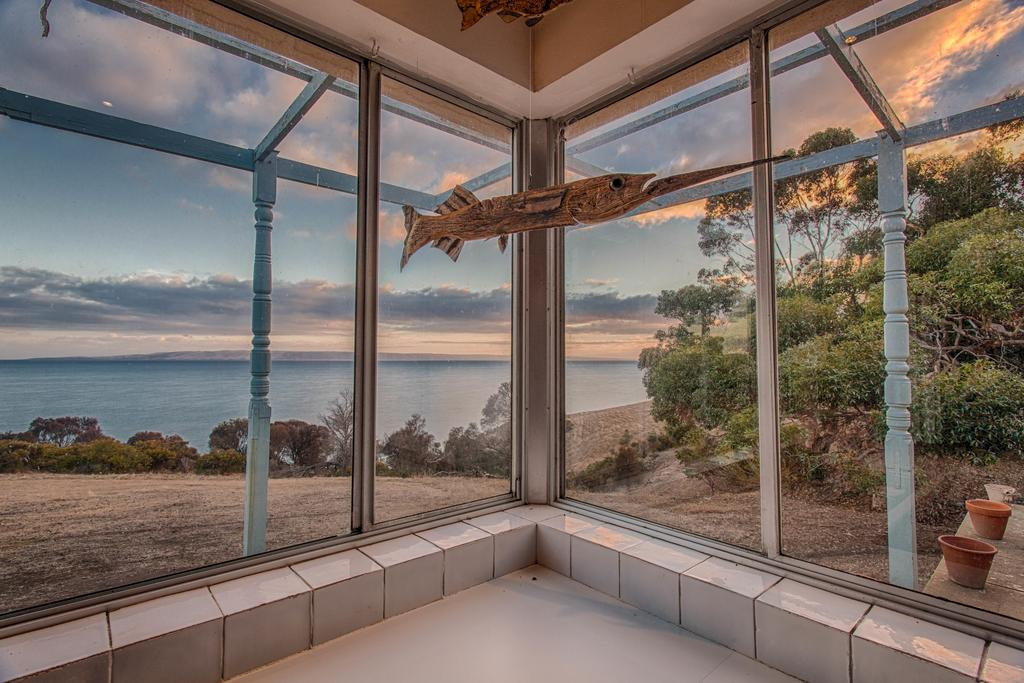 Antechamber Bay Retreats - Surfers Gold Coast