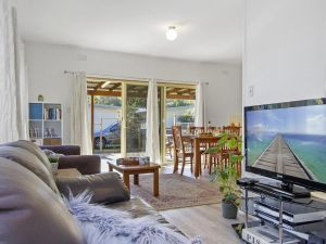 Beach Escape  Currarong - basic family accommodation - Surfers Gold Coast