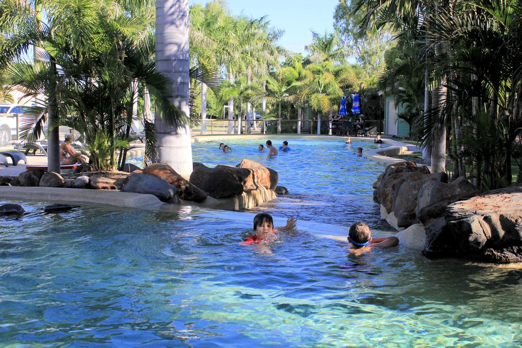 Big4 Aussie Outback Oasis Holiday Park - Surfers Gold Coast