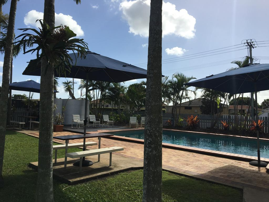 BIG4 Cane Village Holiday Park - Surfers Gold Coast